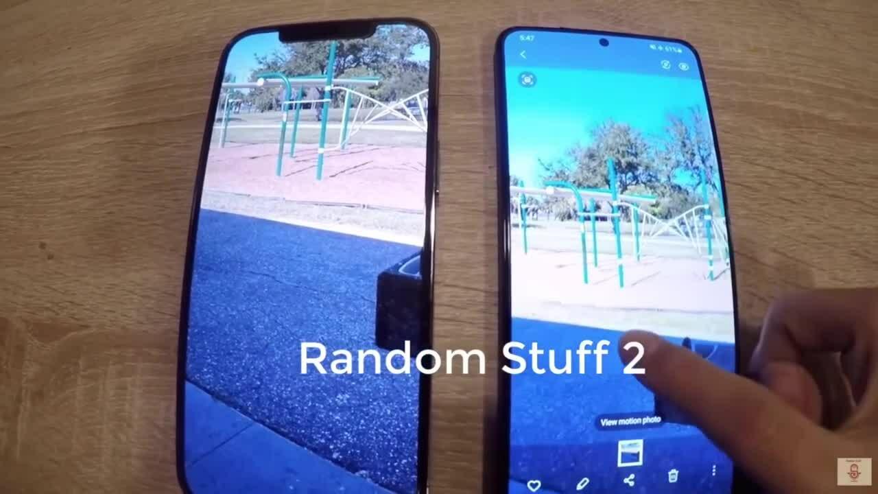 Galaxy S21+ đọ dáng iPhone 12 Pro Max trong video thực tế