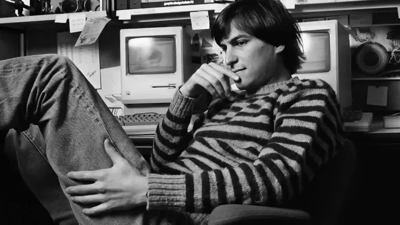 Apple chia sẻ khoảnh khắc đáng nhớ về Steve Jobs