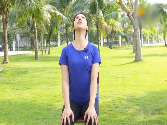 Bài tập giãn duỗi tại chỗ giảm đau cổ, vai, lưng cho người ngồi nhiều
