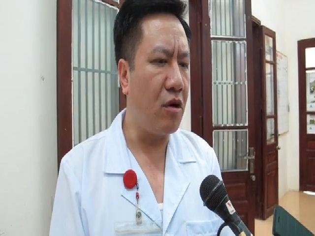 Bộ trưởng Y tế tặng bằng khen ê kíp cứu sản phụ bị vỡ tử cung
