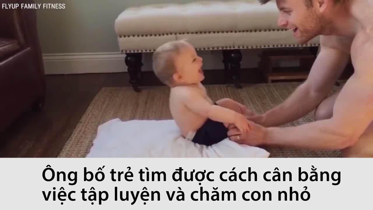 Bố trẻ sáng tạo bài tập gym để vui chơi cùng con
