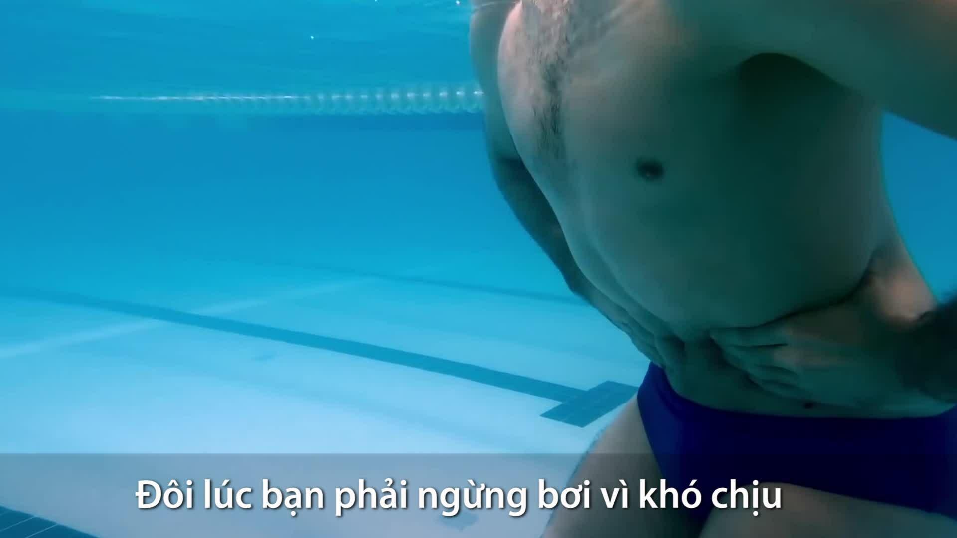 Cách tránh đau xóc hông khi đi bơi