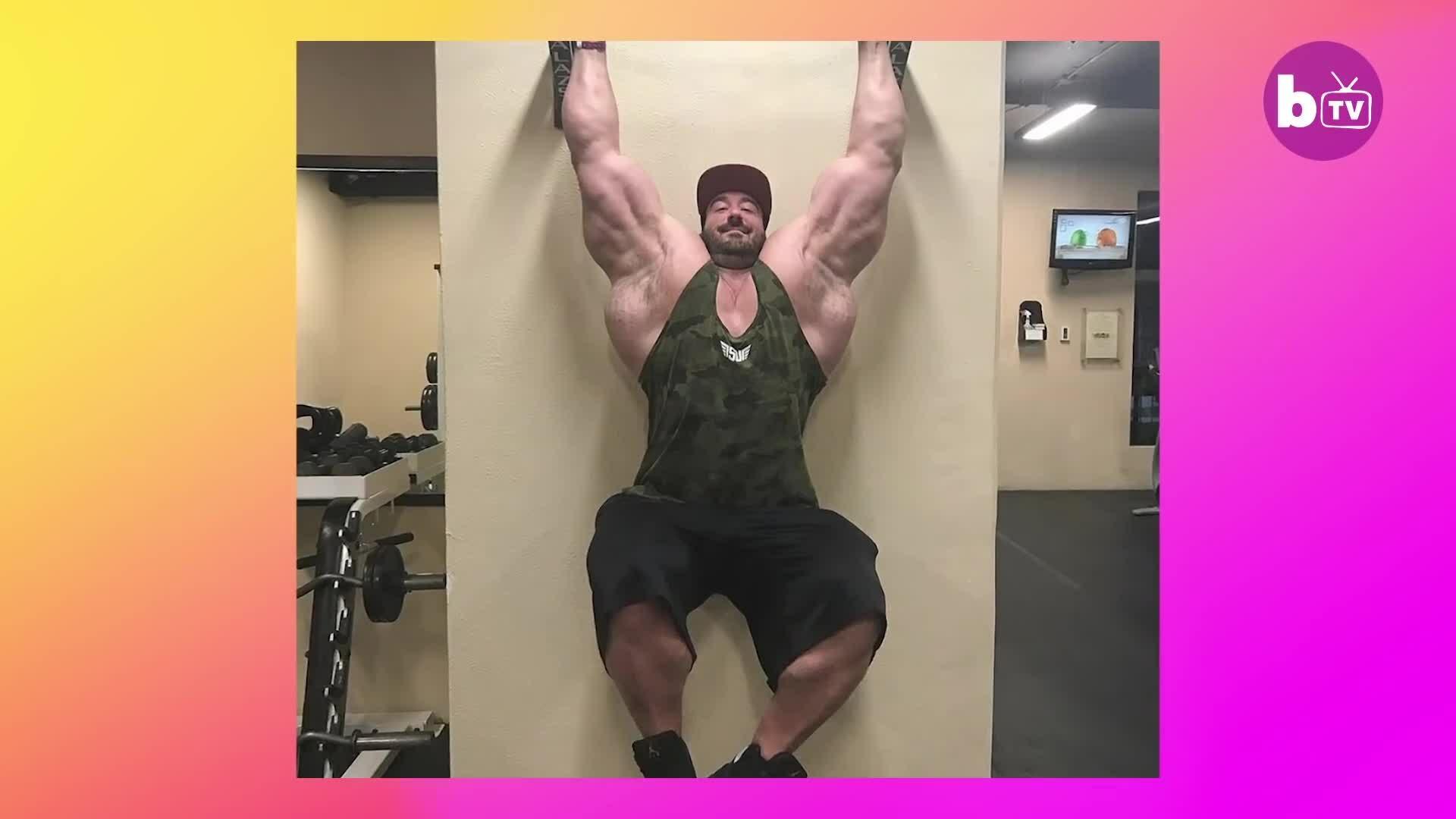 Chàng trai gầy gò thành HLV thể hình 159kg