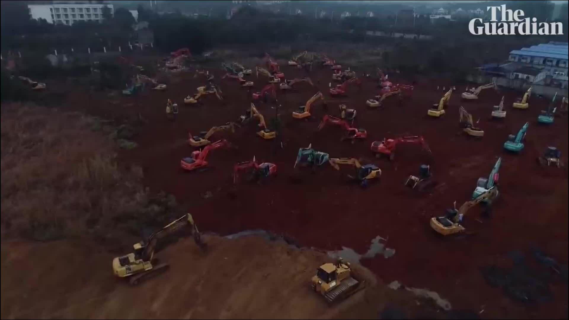 Vũ Hán chạy đua thời gian xây bệnh viện dã chiến