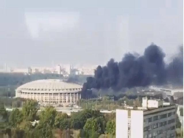 Cháy tại sân tổ chức chung kết World Cup 2018