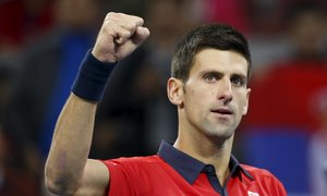Novak Djokovic 2-0 David Ferrer