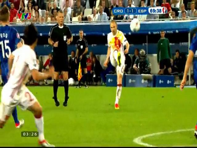 Ramos đá hỏng phạt đền
