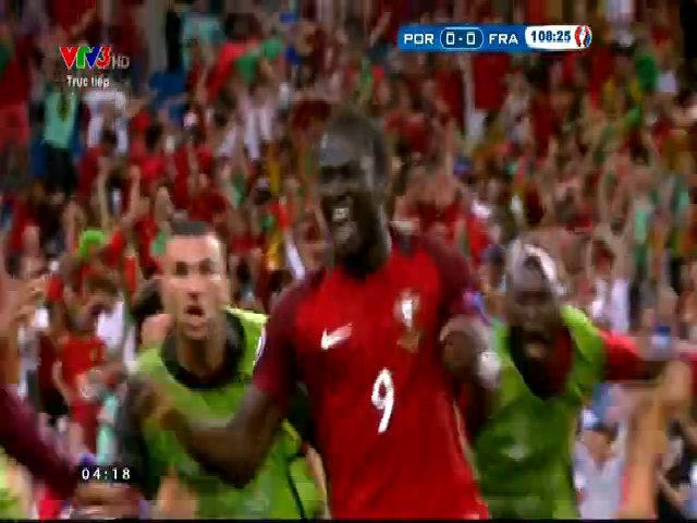 Eder ghi bàn duy nhất trong trận chung kết Euro