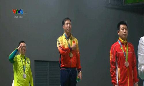 Lễ trao huy chương vàng cho Hoàng Xuân Vinh