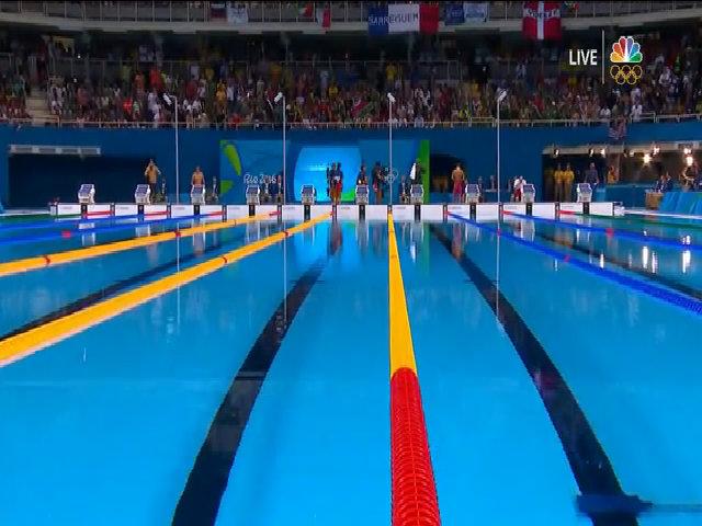 Phelps giành hai HC vàng 200m bướm