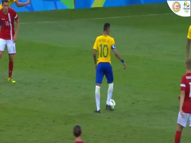 Đan Mạch 0-4 Brazil