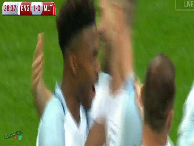 Anh 2-0 Malta