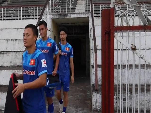Buổi tập đầu tiên của tuyển Việt Nam tại Myanmar