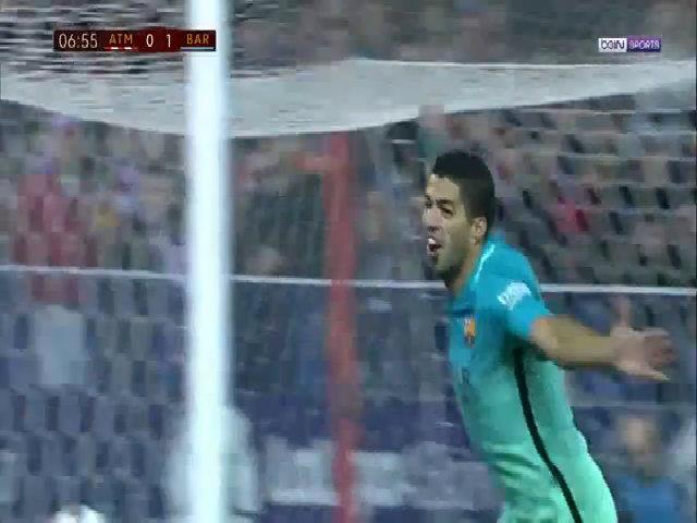 Bàn thắng mở tỷ số của Luis Suarez