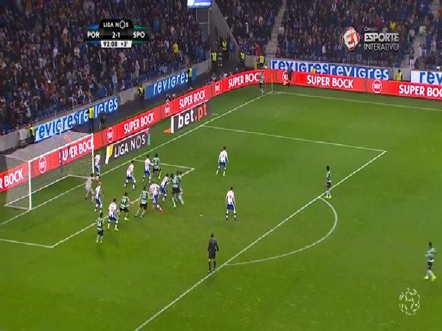 Pha cứu thua của Casillas