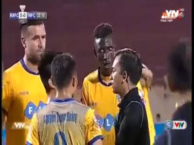 Omar phản ứng khán giả Khánh Hòa