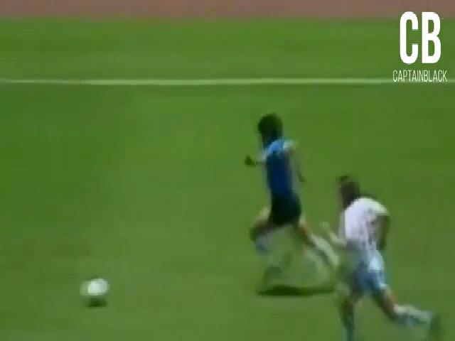 Những pha ghi bàn đẹp nhất của Maradona