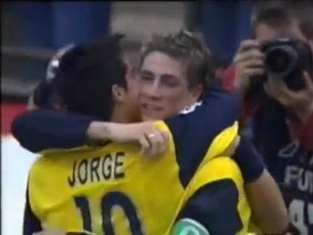 Cú vô lê của Torres vào lưới Betis năm 2003