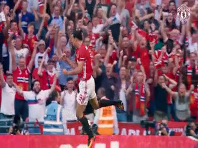 Ibrahimovic: 'Man Utd đủ sức đoạt cú ăn ba'