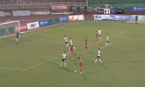 Hai bàn thắng gây tranh cãi của CLB Sài Gòn