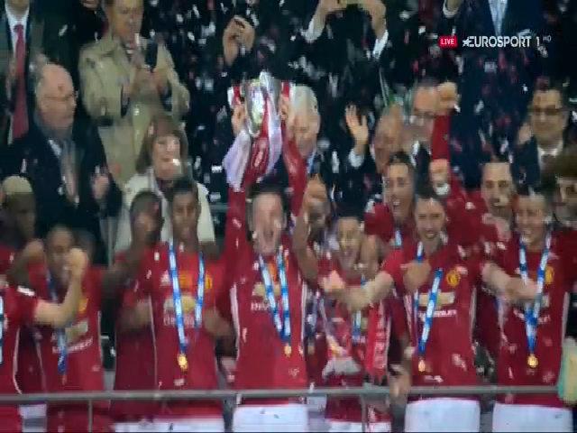 Lễ đăng quang Cúp Liên đoàn bóng đá Anh