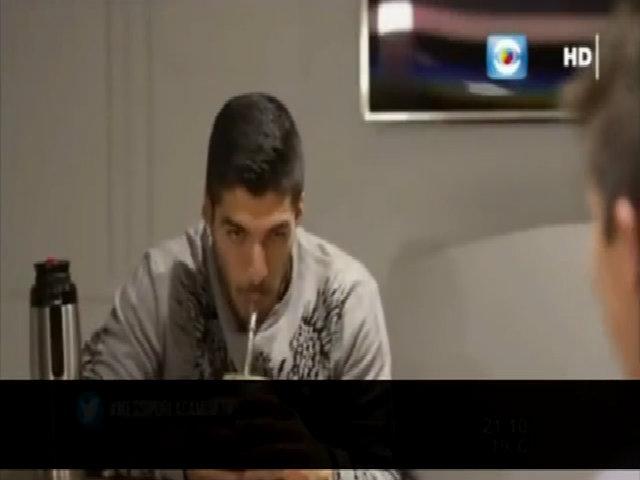 Suarez và Messi trả lời phỏng vấn