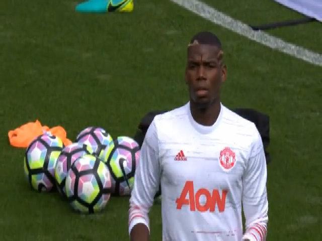 Mourinho 'nóng mắt' khi Pogba xao nhãng