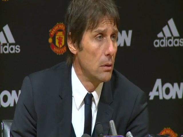 Conte nhận trách nhiệm khi Chelsea thua Man Utd