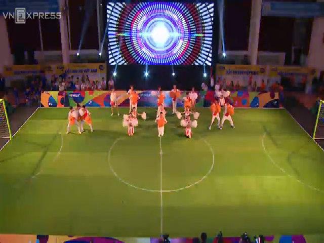 Trận bóng đá đặc biệt: 'Giấc mơ lớn Việt Nam'