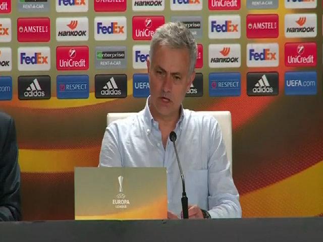 Mourinho khen ngợi Rashford