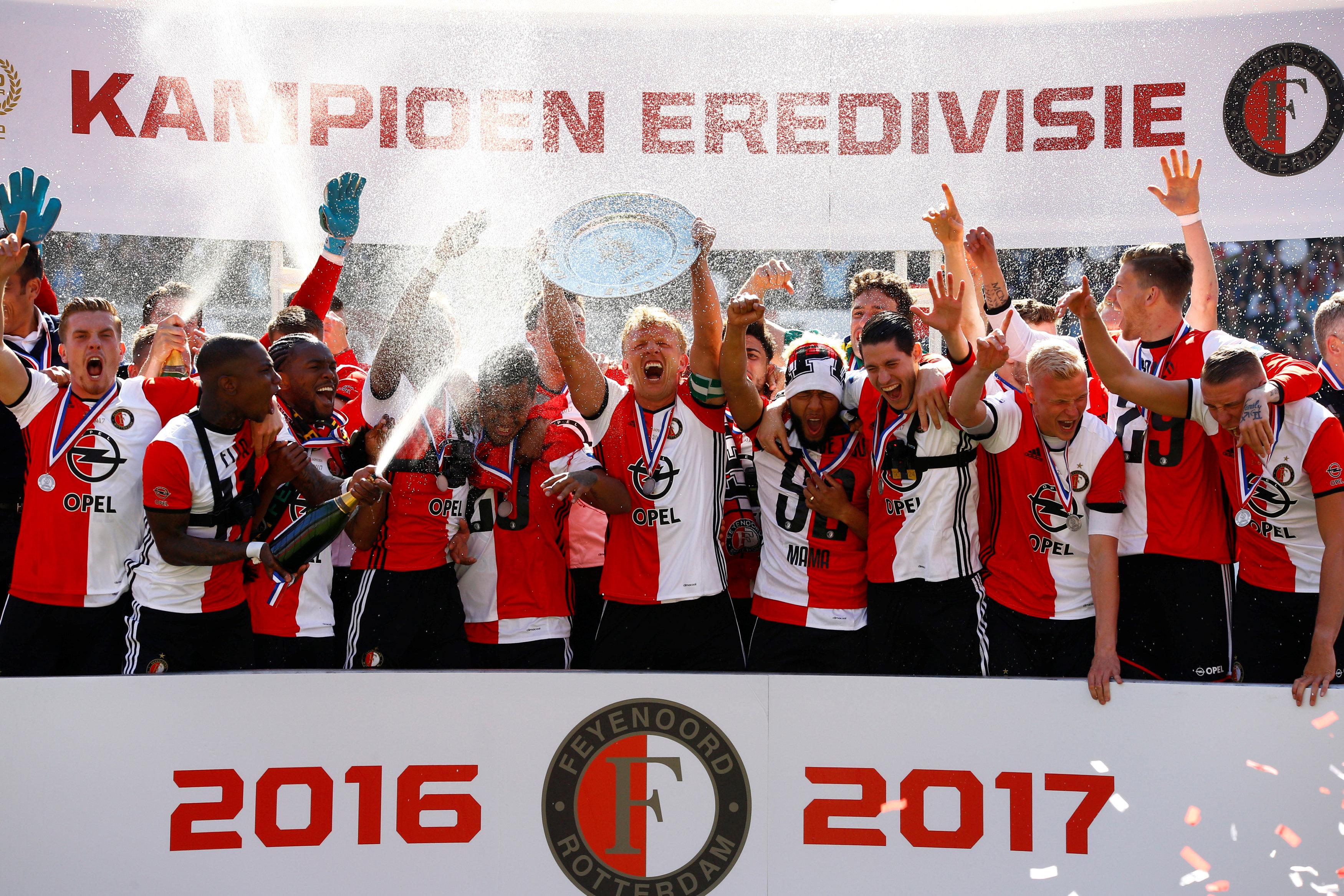 Feyenoord lên ngôi vô địch Hà Lan mùa 2016-2017