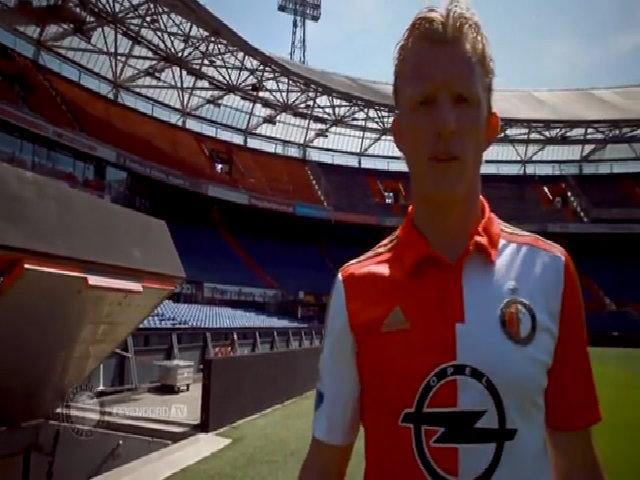 Dirk Kuyt trong mào áo Feyenoord Rotterdam