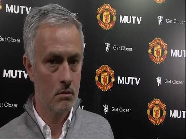 Mourinho trả lời MUTV sau trận Crystal Palace