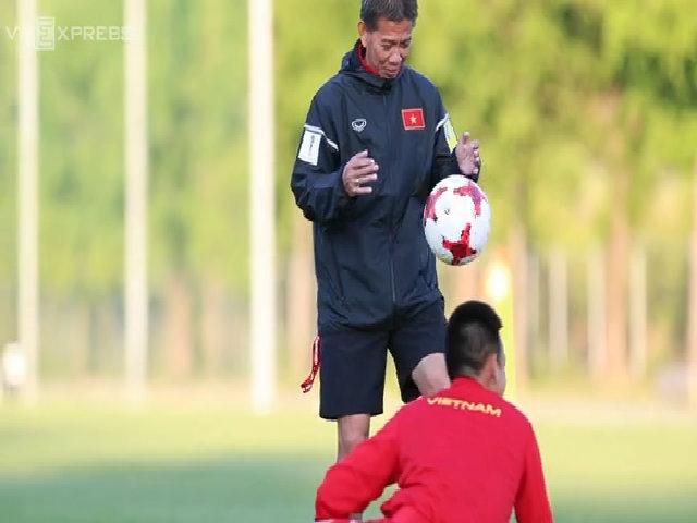 HLV U20 Việt Nam: 'Thua Thái Lan mới buồn, chứ thua Pháp là bình thường'