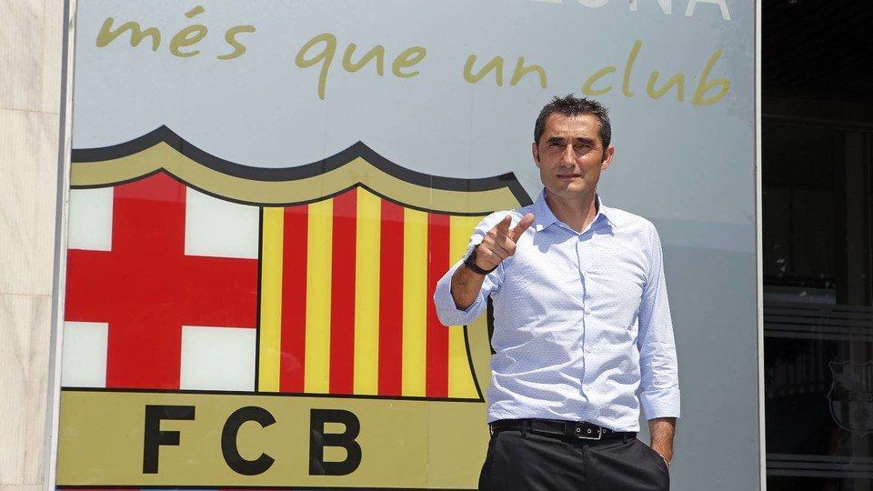 Valverde đến ra mắt ở Barcelona