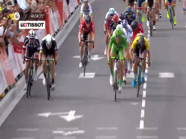 Kittel thắng chặng thứ năm từ đầu giải Tour de France 2017