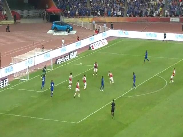 Batshuayi ấn định thắng lợi 3-0 trước Arsenal