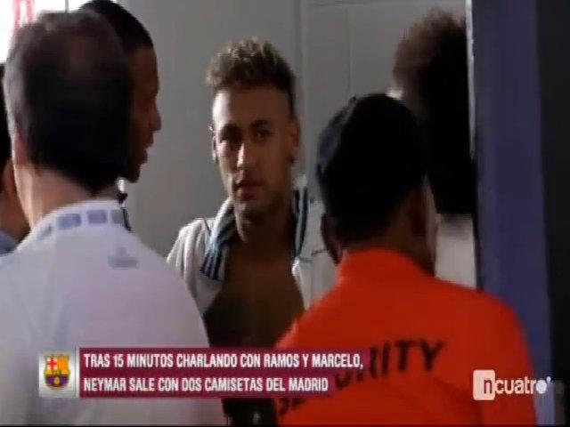 Neymar nói lời tạm biệt trong phòng thay đồ