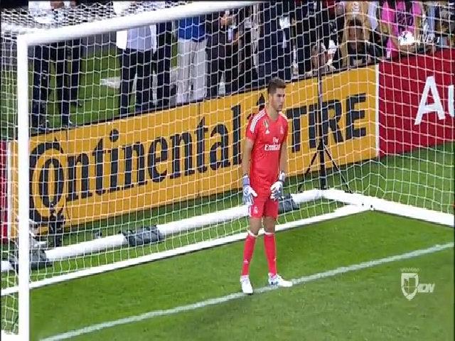 Luca Zidane cản phạt đền