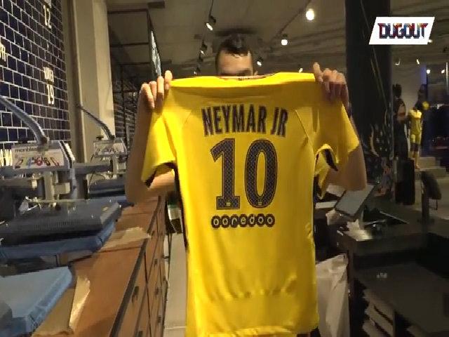 Áo đấu Neymar được in ấn ở PSG