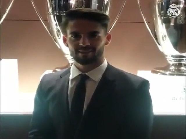 Isco chia sẻ sau khi ký hợp đồng mới với Real đến 2022