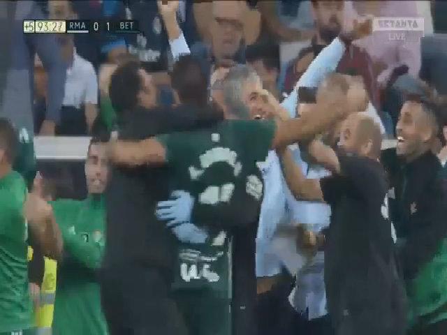 Sanabria ghi bàn giúp Betis đánh bại Real