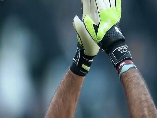 Những pha cứu thua của Gianluigi Buffon