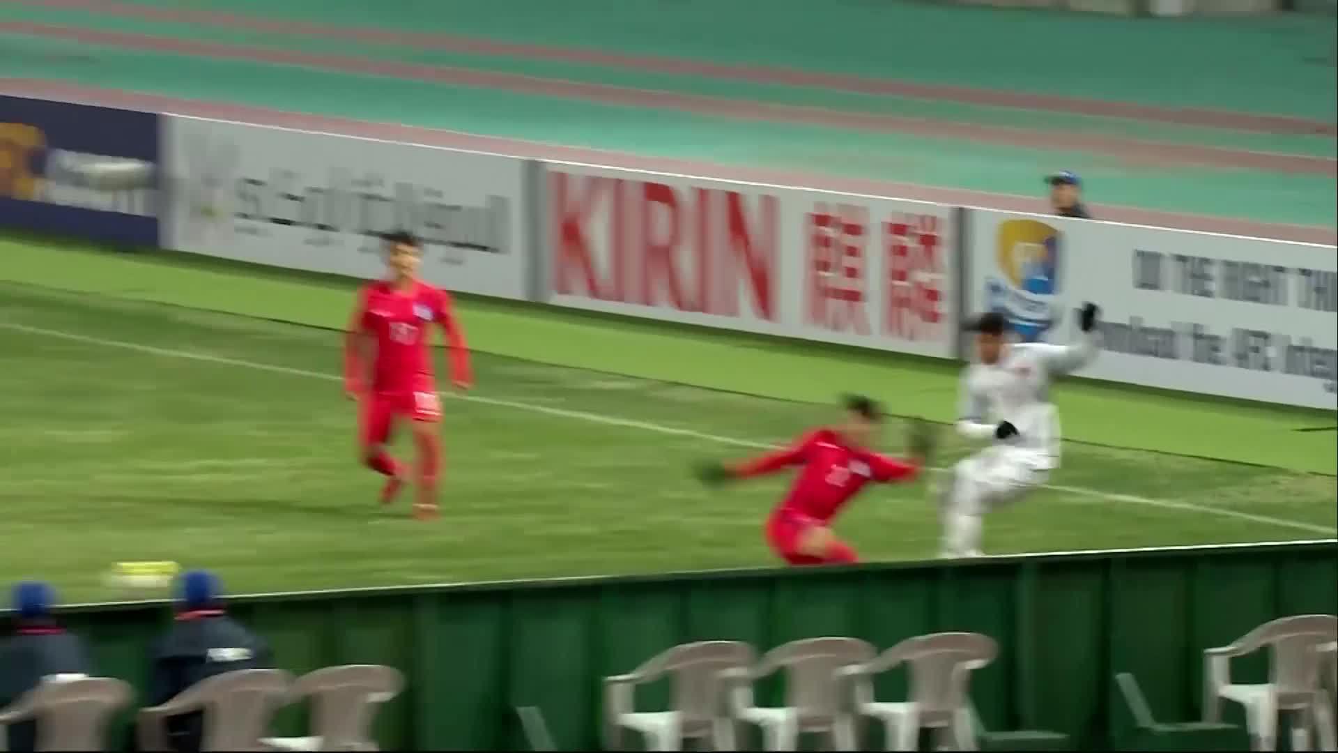 Hai bàn thắng của Quang Hải ởvòng bảng U23 châu Á
