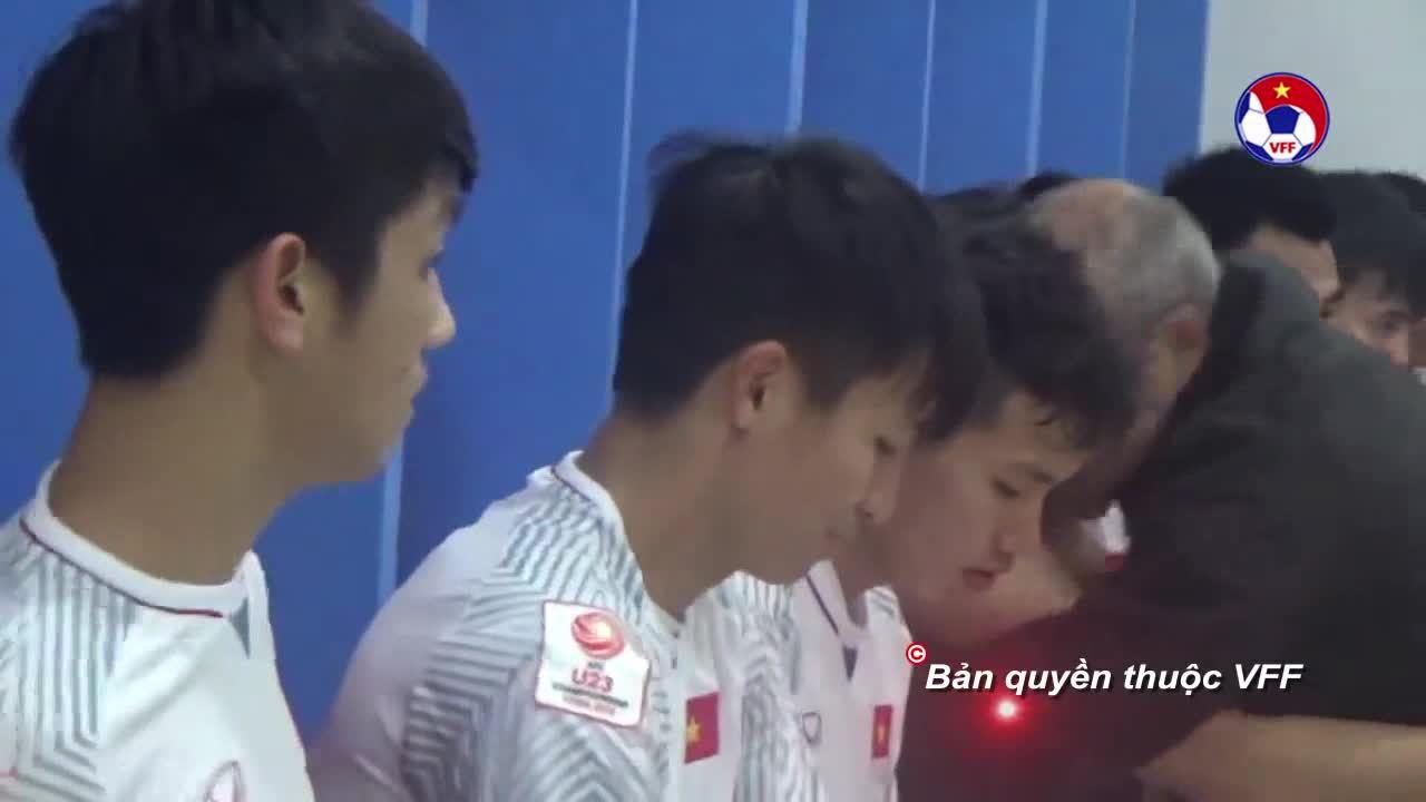 Niềm vui của thầy trò HLV U23 Việt Nam