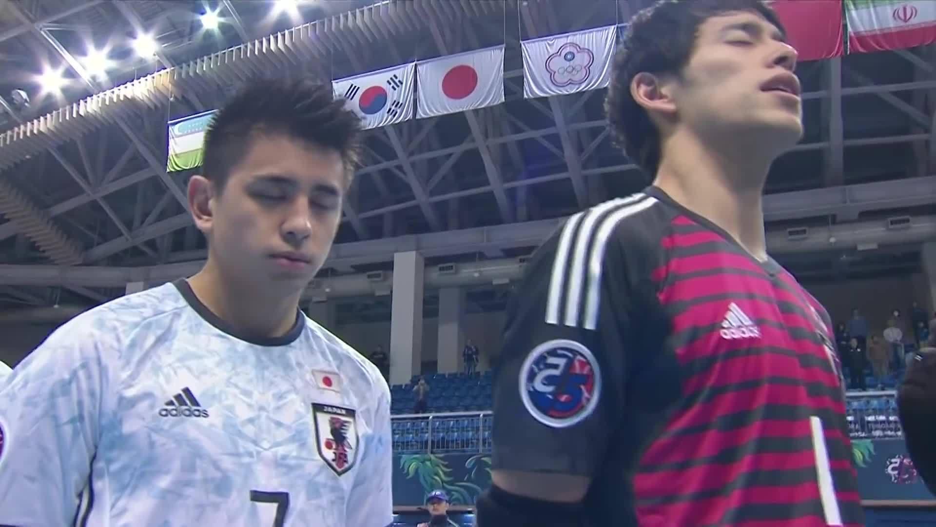Uzbekistan 2-4 Nhật Bản