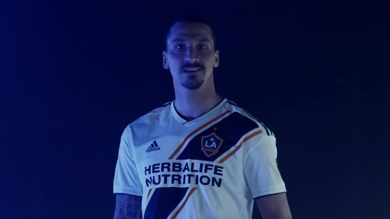 Ibrahimovic gia nhập LA Galaxy