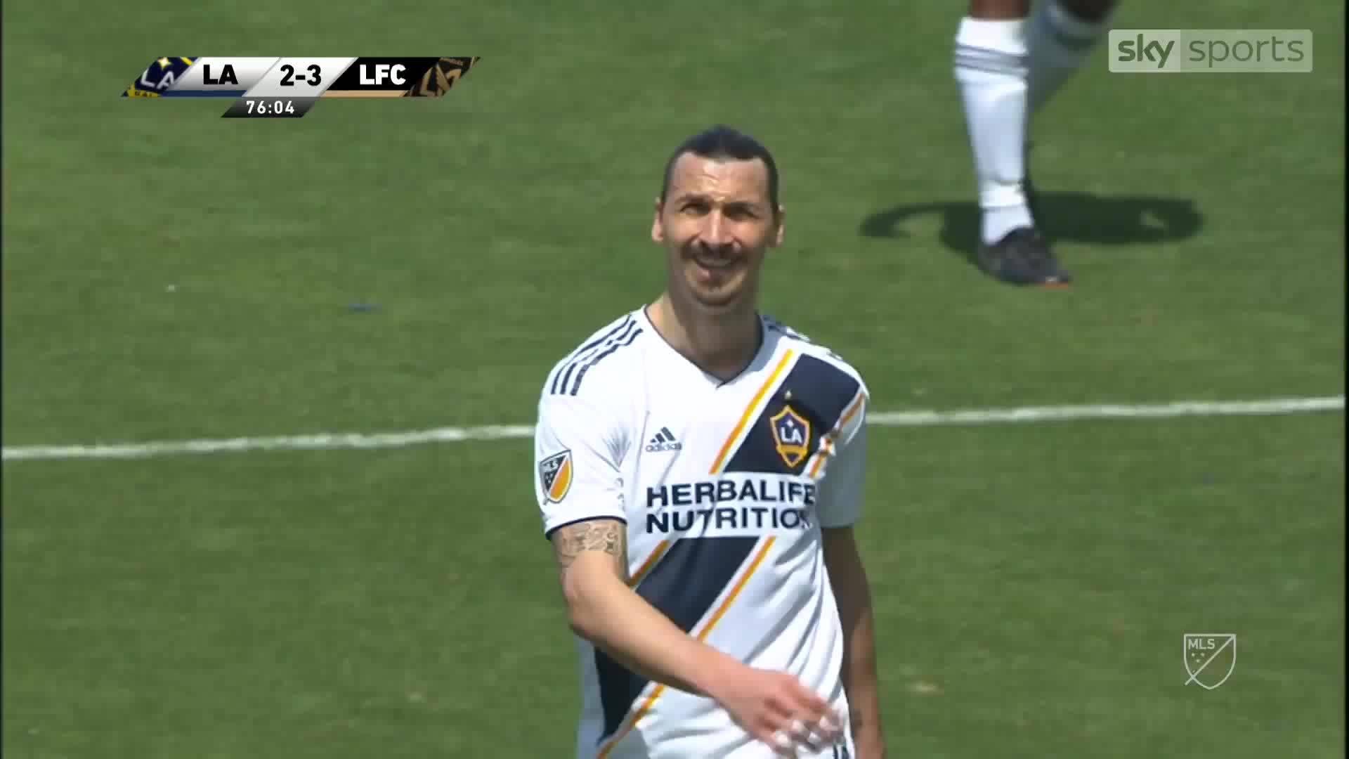 Ibrahimovic ghi bàn trong trận ra mắt tại MLS