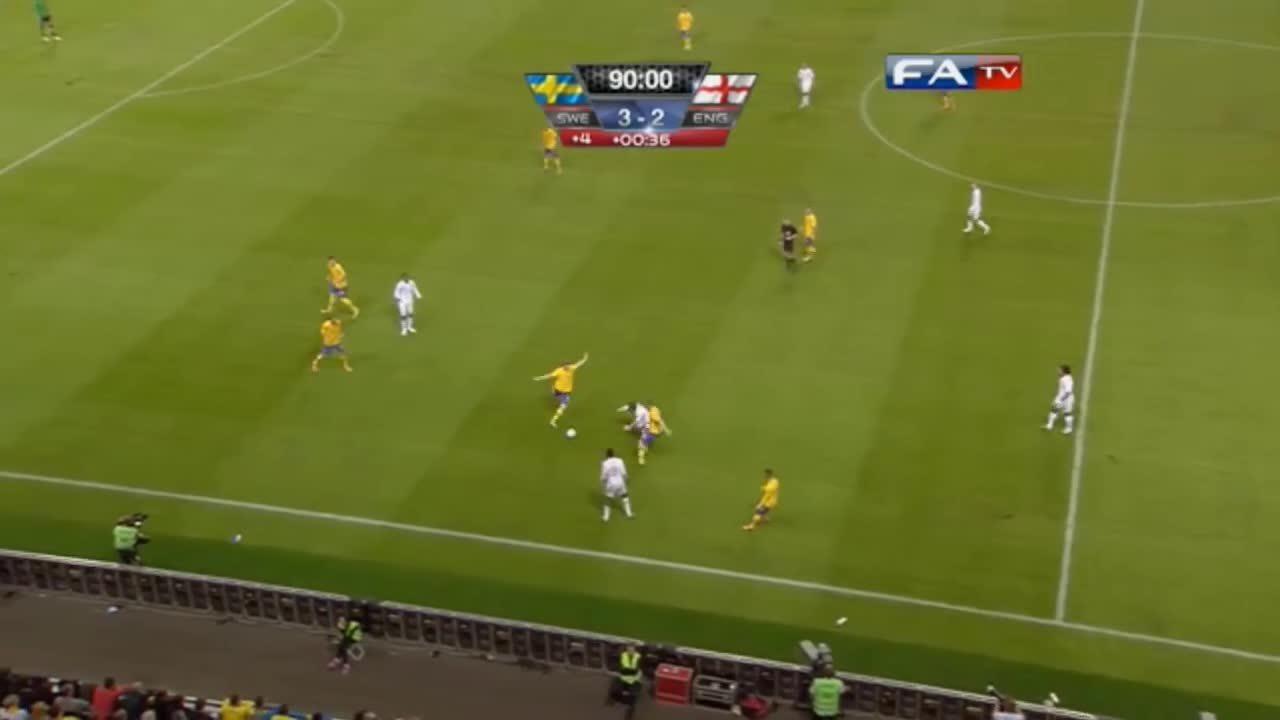 Bàn thắng của Ibrahimovic vào lưới tuyển Anh