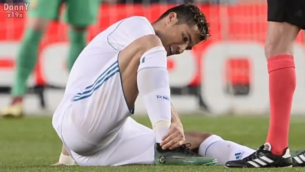 Ronaldo nguy cơ lỡ chung kết Champions League